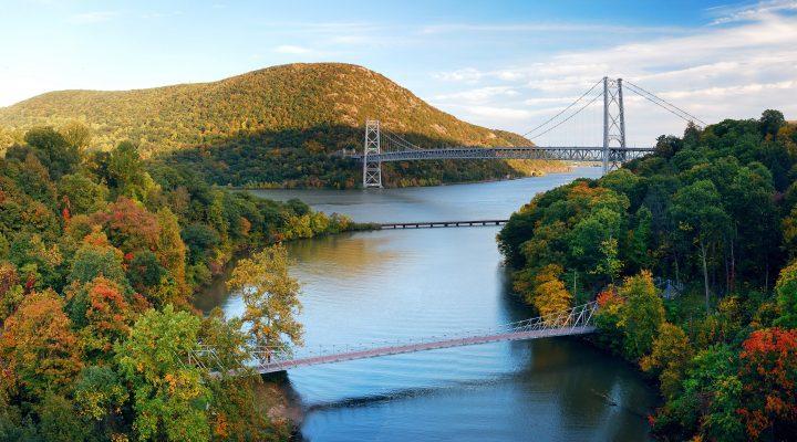 Hudson River (Large)